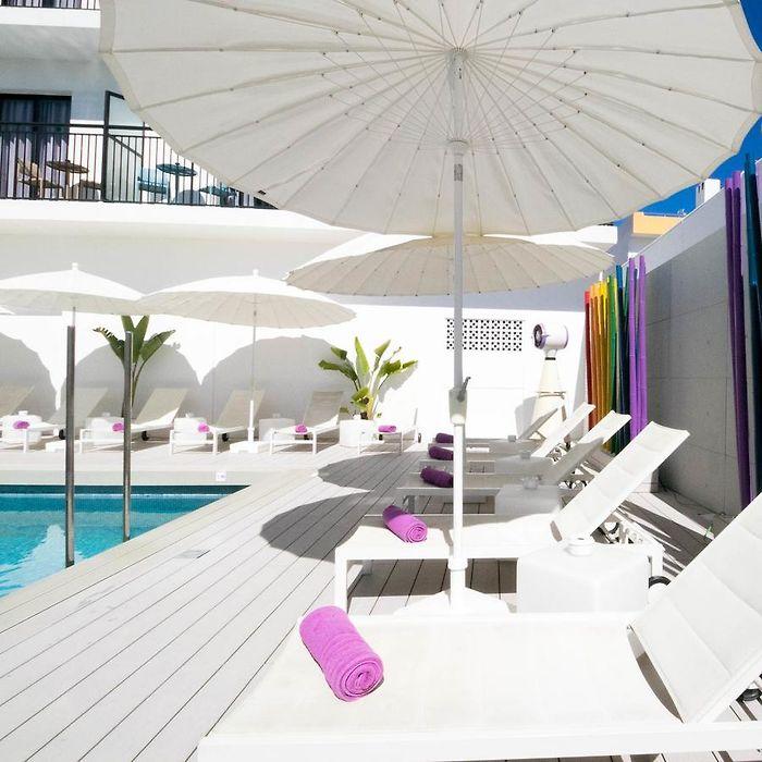 Ibiza hotels & apartments, all accommodations in Ibiza